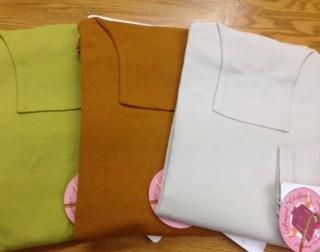 ハイネック長袖 価格5900円税別 新色揃っています
