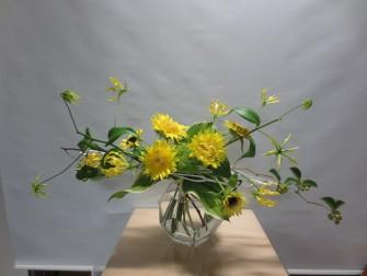 2種類の向日葵を使ったブーケ