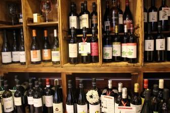 ヴィナイオータの自然派イタリアワイン、各種取り揃えています。