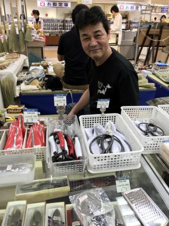 有限会社 オクゼンの奥田さん。 素敵な笑顔をありがとうございます。