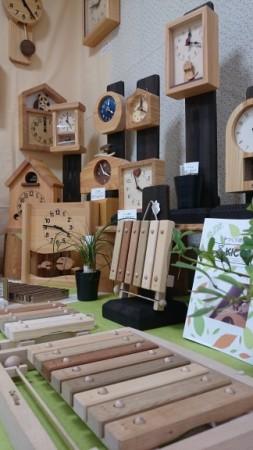 KICORIの時計とオークヴィレッジの木の小物