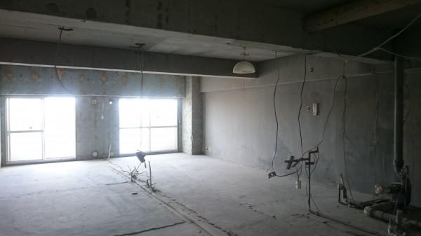 ガランとしたこの空間。どんな風にできあがってくるのか、とても気になりませんか。