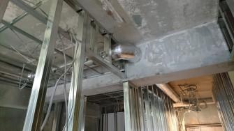 キッチンの換気扇から外部までのダクトです