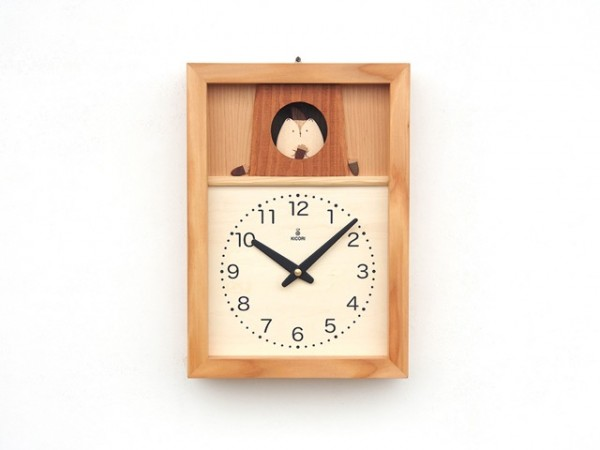 樹洞でゆれるリスの時計 35,000円(税別)